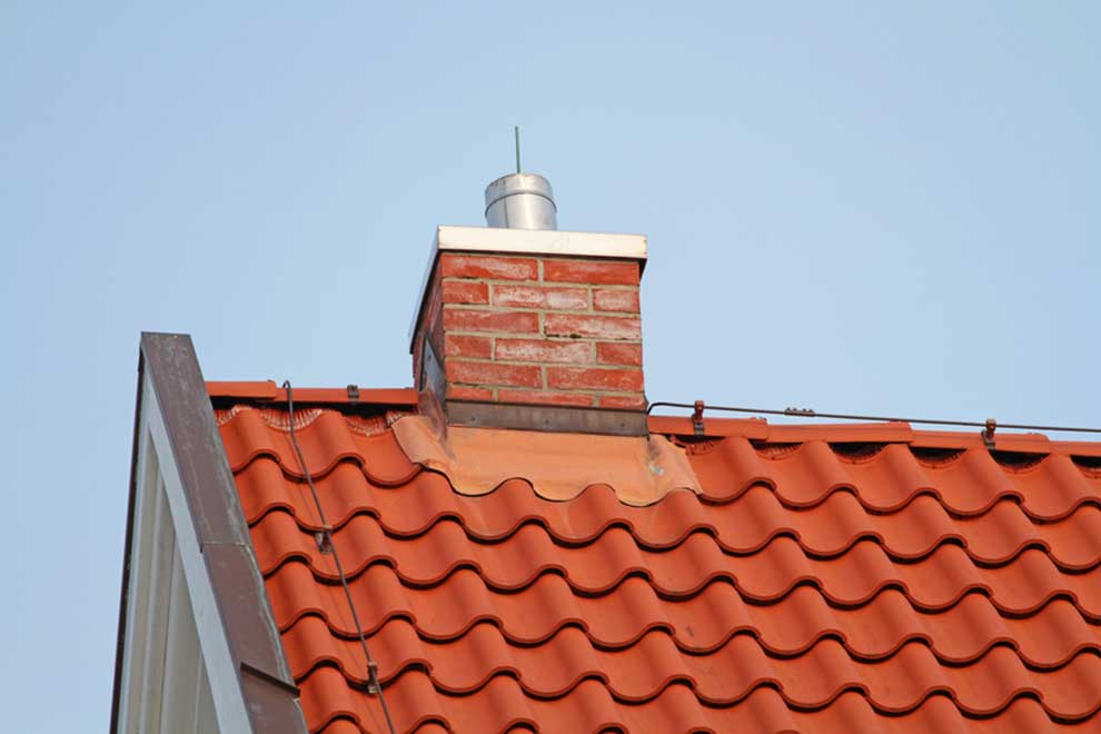 Blitzableiter auf dem Hausdach